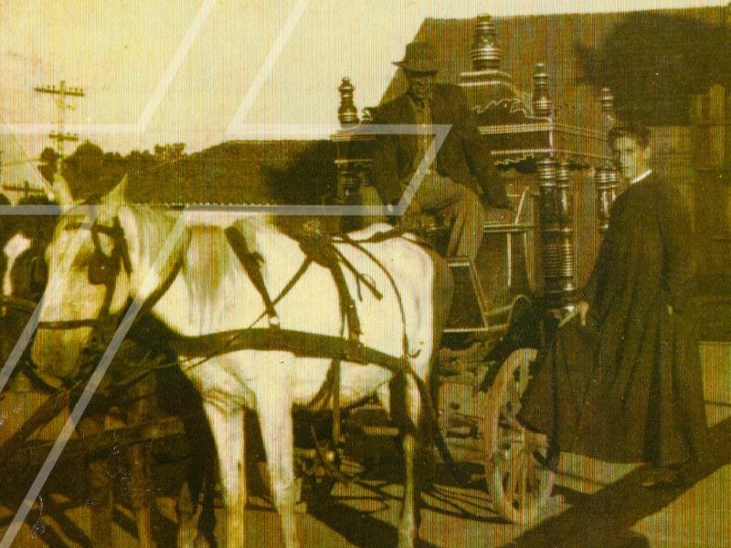 O primeiro carro fúnebre de Palmeira